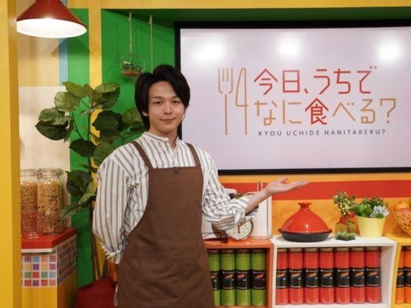 中村倫也がNHKの料理番組「今日、うちでなに食べる?」でMC